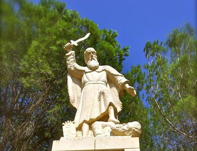 Elijah's Epic Mount Carmel Victory – Rabbi Tovia Singer