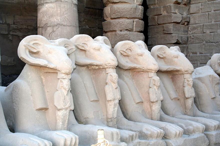 1280px-SFEC_EGYPT_KARNAK_2006-001